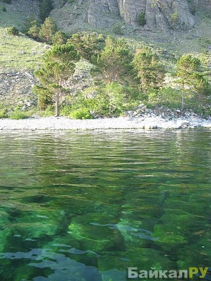 Прозрачная вода Байкала